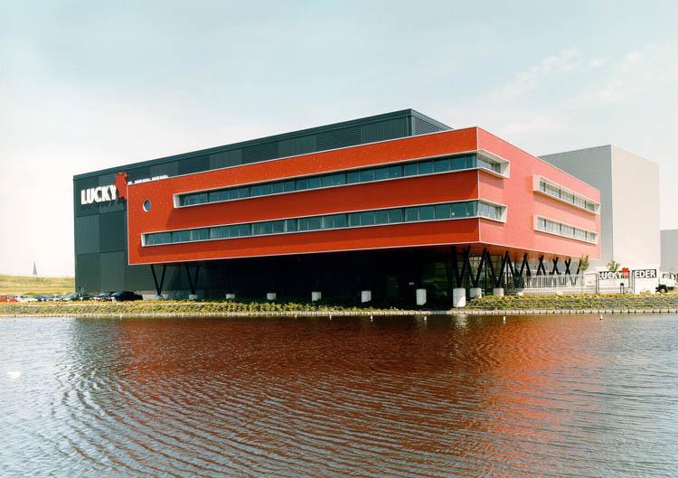 Lucky Leder Forepark Den Haag DE architekten